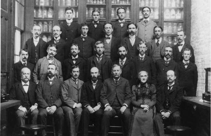 Ellen Swallow Richards with MIT Chemistry staff, 1900