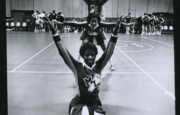 MIT cheerleaders, 1981