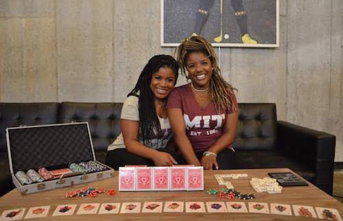 Heiritage cards: Shawna Davis and Tiffany Mickel, 2019