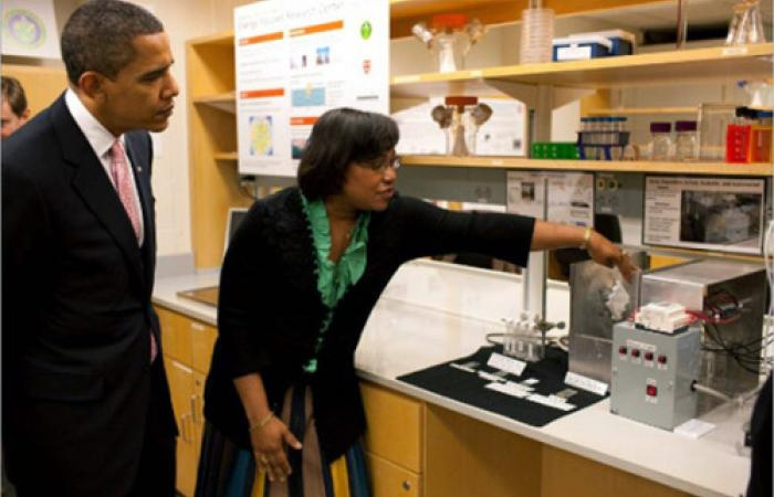 President Obama at the Hammond Lab