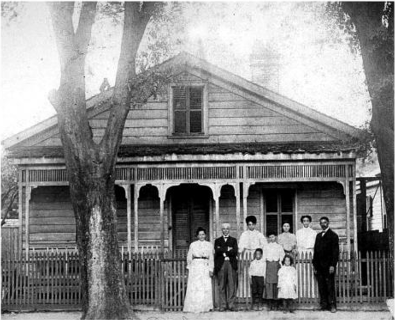 Robert R. Taylor and Family, 1905-07